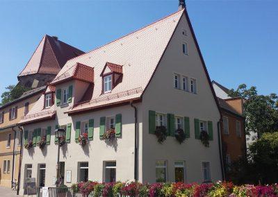 Wohn- und Geschäftshaus B.